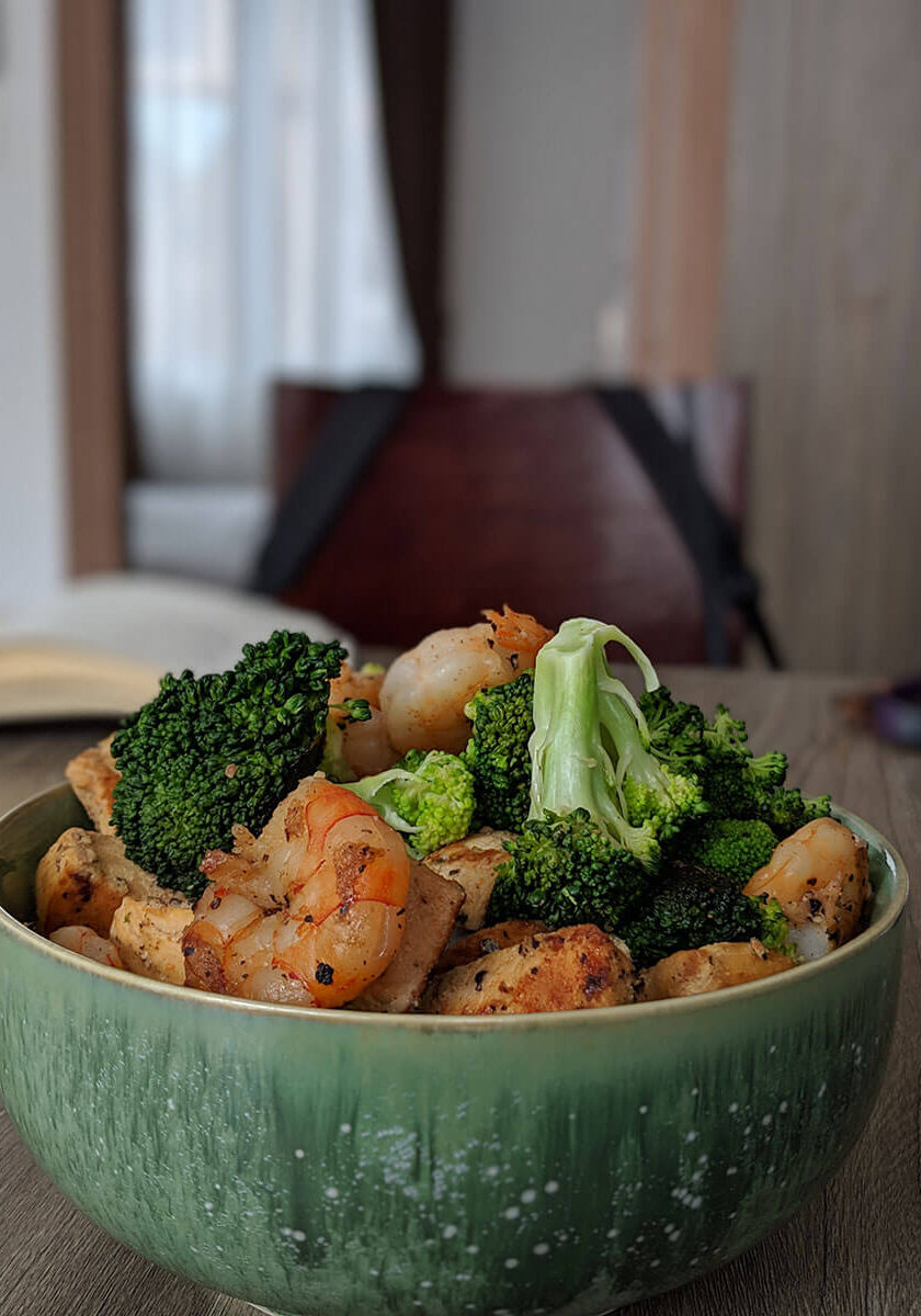 shrimp broccoli rice bowl